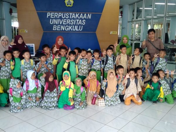 Study Tour SD IT UA Ke Universitas Bengkulu